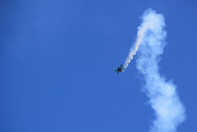 53 Flugshow mit Rauch