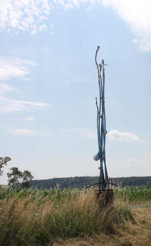 Kunstwerk zur europäischen Wasserscheide